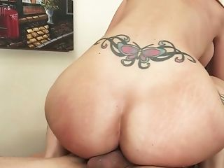 Killing secretary with tramp stamp Syren De Mer hooks up with her young boss