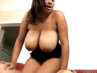 Selena Star is a chubby vixen craving a cock bouncing session