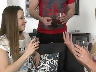 Taissia Shanti and Kiara Lord get picked up for a foursome
