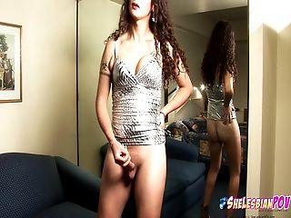 Nikki Montero strips