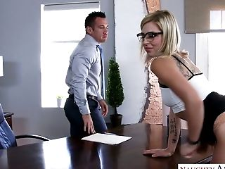 Blonde hussy in glasses Zoey Monroe banged on the office table