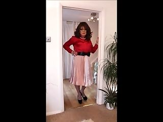 pink satine pleated skirt