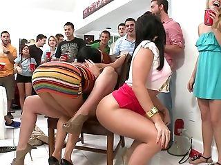 Pornstars crash another college party