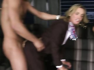 Danny Mountain whips out his schlong to fuck gorgeous Veronica Avluvs mouth before ass fucking